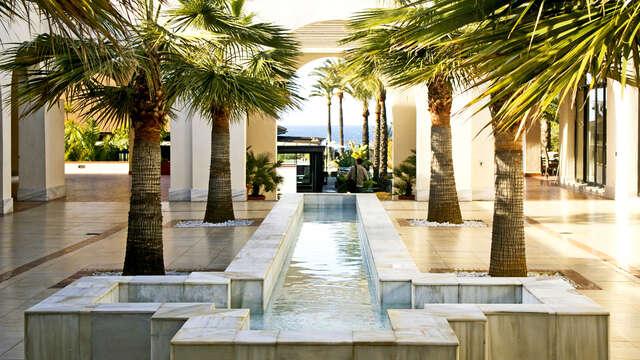 Relájate en Salobreña con acceso al Spa Playa Granada, cava y bombones