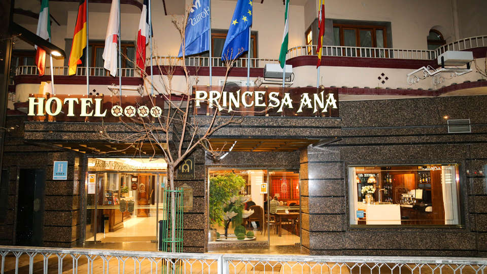 Hotel M.A. Princesa Ana  - EDIT_NEW_FRONT2.jpg