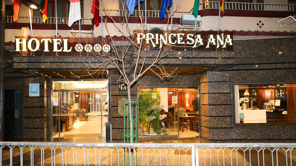 Hotel M.A. Princesa Ana  - EDIT_NEW_FRONT3.jpg