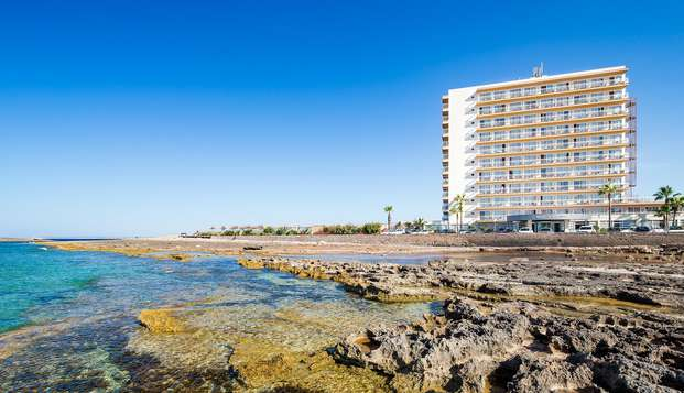 Pension complète et vues sur la mer à Majorque