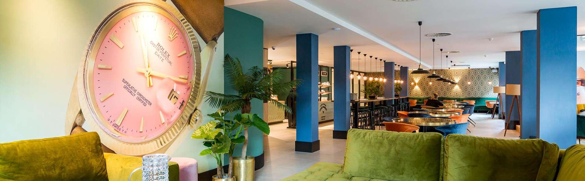 Profitez du design et du confort lors d'un voyage dans la ville de Rotterdam