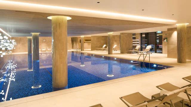 toegang tot het binnenzwembad