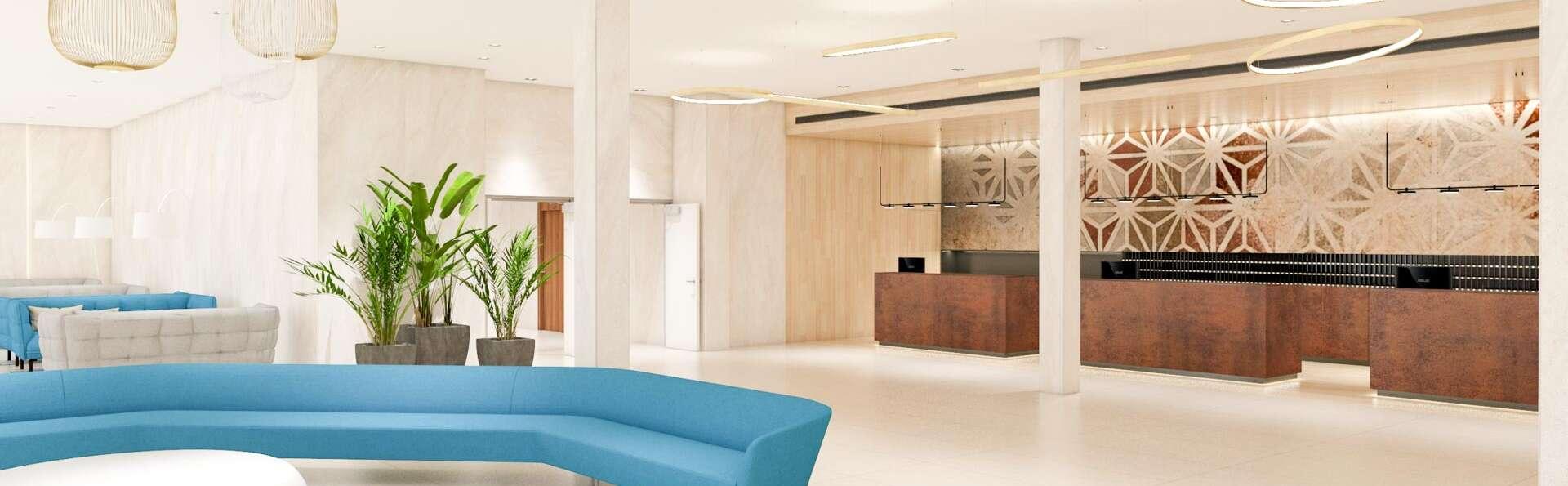 Hotel l'Azure - EDIT_LOBBY_01.jpg