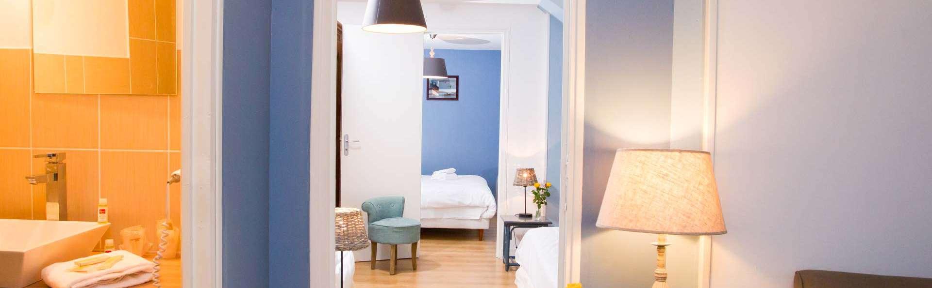 Hôtel du Port et Restaurant des Bains - EDIT_NEW_ROOM5.jpg