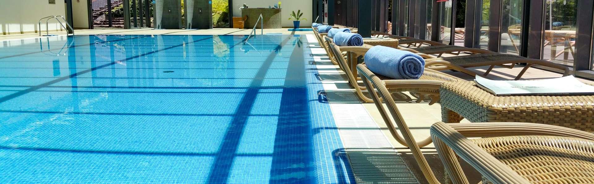 Escapade avec dîner, spa et bouteille de champagne dans un hôtel 5* sur l'île de Madère