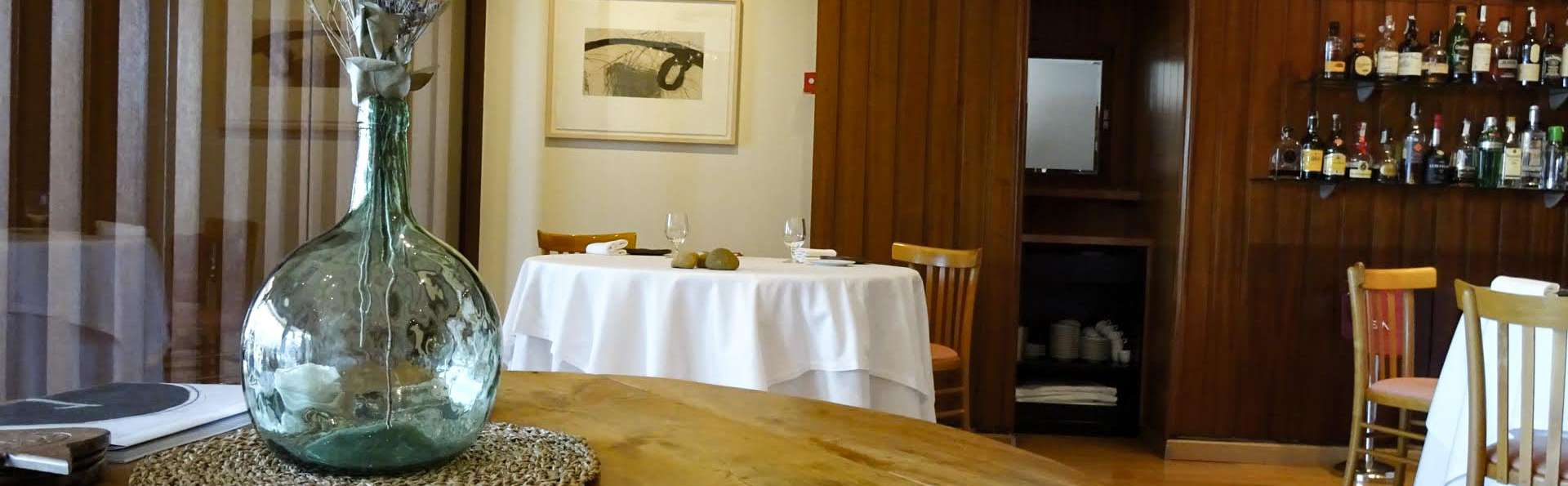 Hotel Restaurant Empòrium ( adults only) - EDIT_RESTAURANT_08.jpg