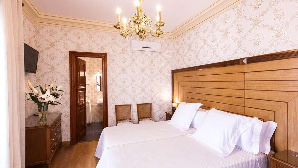 Hotel Mar d'Amunt - EDIT_ROOM_02.jpg