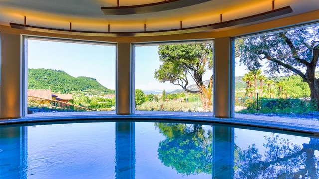 Bienestar con vistas al Lago de Garda: en apartamento con SPA incluido