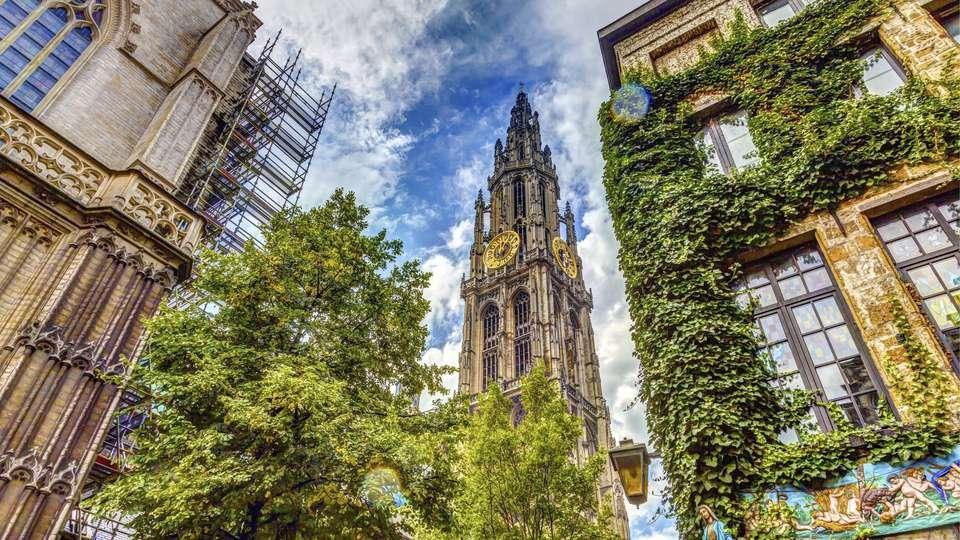 Hilton Antwerp Old Town - EDIT_DESTINATION_02.jpg