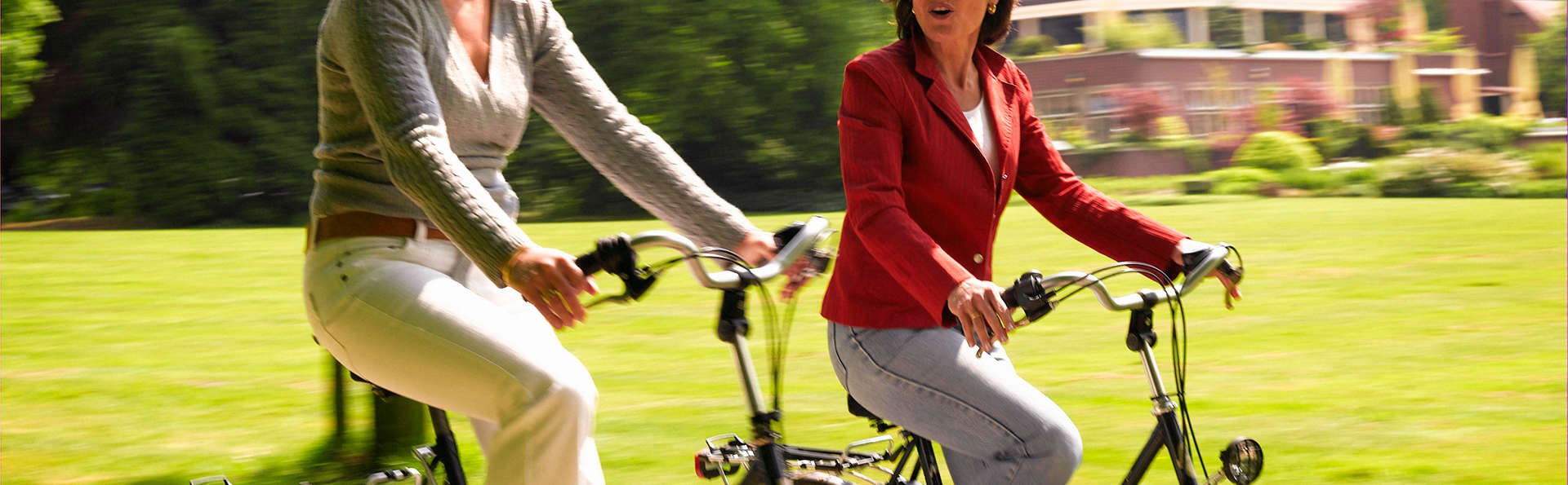 Promenade à vélo à travers le vert des rives de l'Adda jusqu'au Naviglio della Martesana