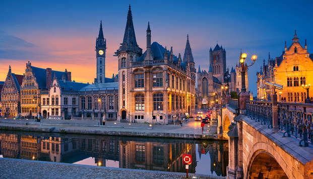Wandel door de historische straatjes van Gent