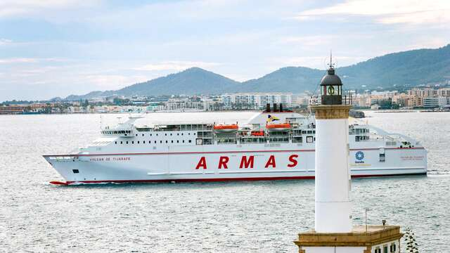 Descubre Mallorca con esta escapada de 3 noches en barco con el coche incluido