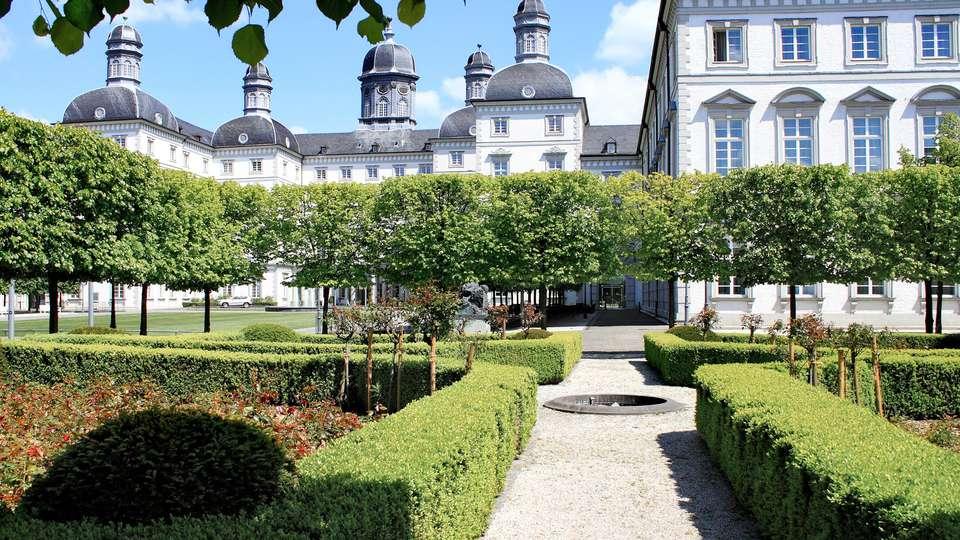 Althoff Grandhotel Schloss Bensberg - EDIT_EXTERIOR_02.jpg