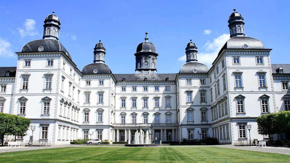 Althoff Grandhotel Schloss Bensberg - EDIT_FRONT_01.jpg