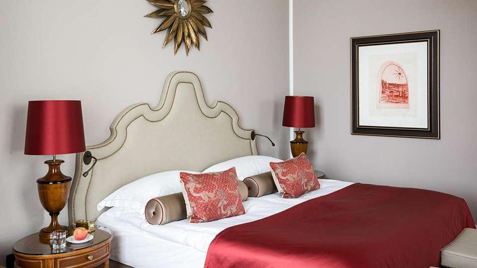 Althoff Grandhotel Schloss Bensberg - EDIT_ROOM_01.jpg