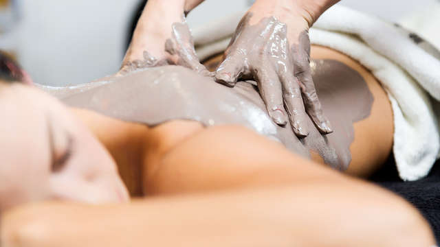 Massage aux algues et à la boue
