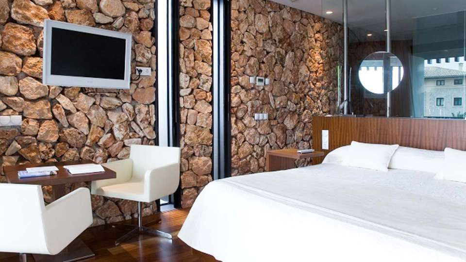 Hospes Maricel & Spa - EDIT_N3_ROOM.jpg