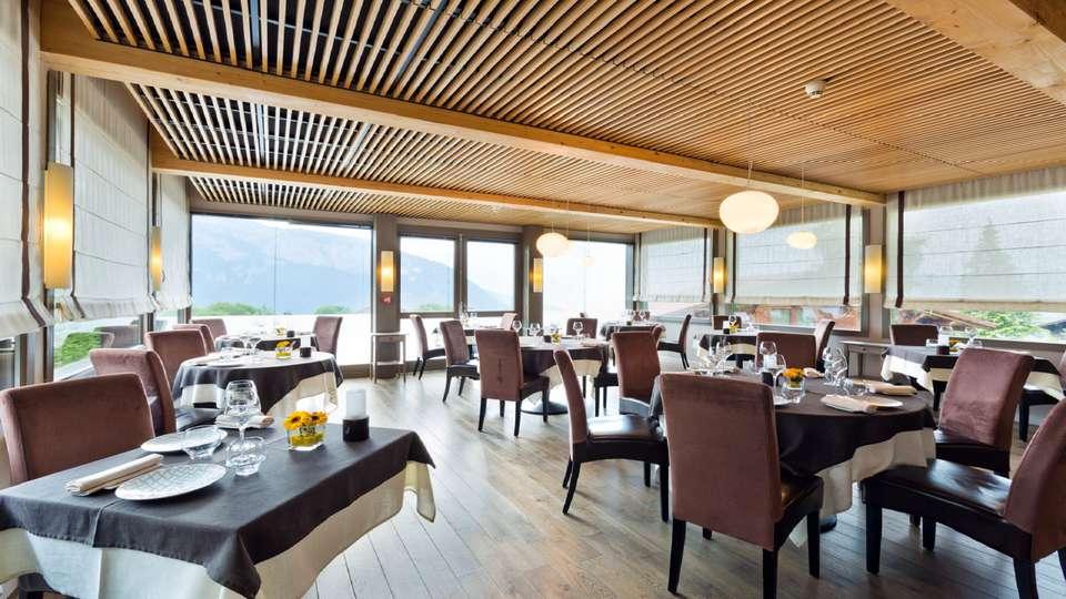 La Croix de Savoie & Spa - EDIT_Restaurant_2.jpg
