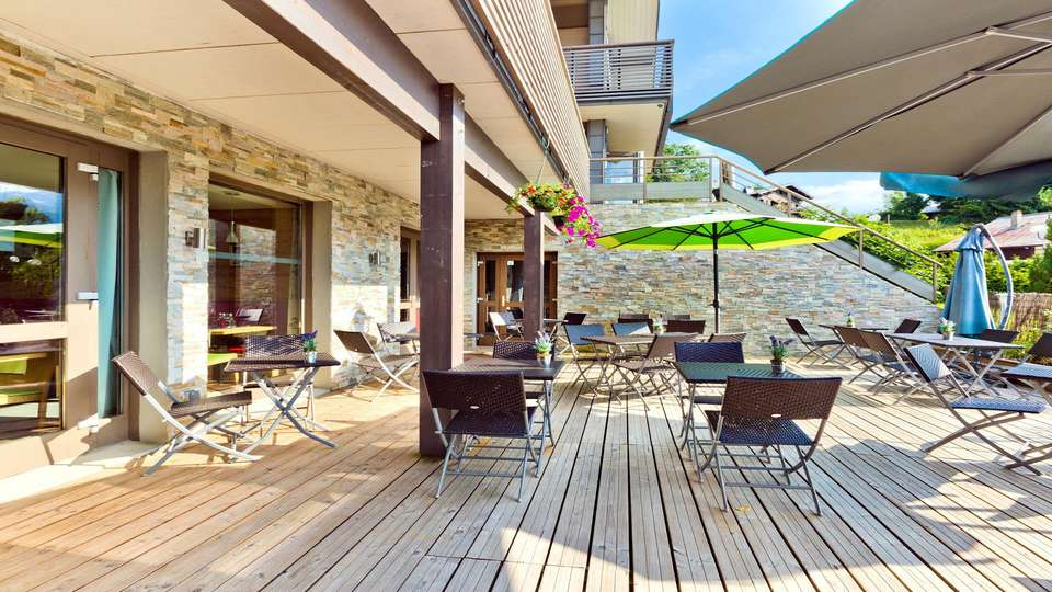 La Croix de Savoie & Spa - EDIT_Terrasse_2.jpg