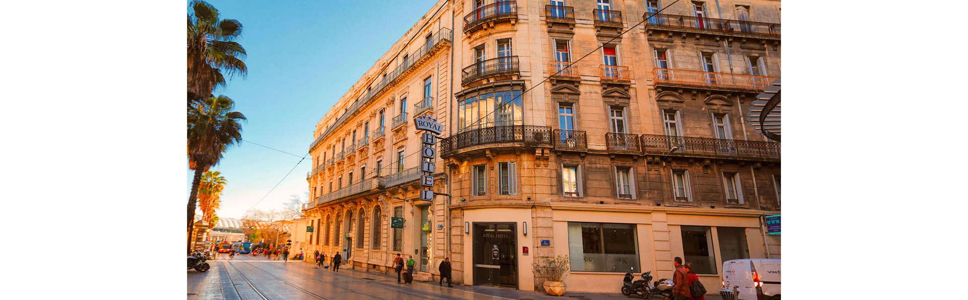Royal Hôtel - EDIT_FRONT_03.jpg