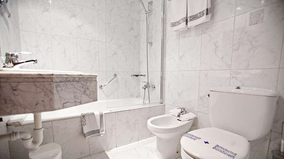 Hotel Don Carlos  - EDIT_BATHROOM_01.jpg