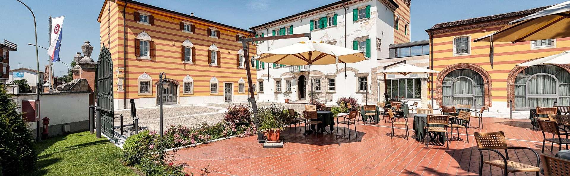 Hotel Villa Malaspina - EDIT_TERRACE_07.jpg