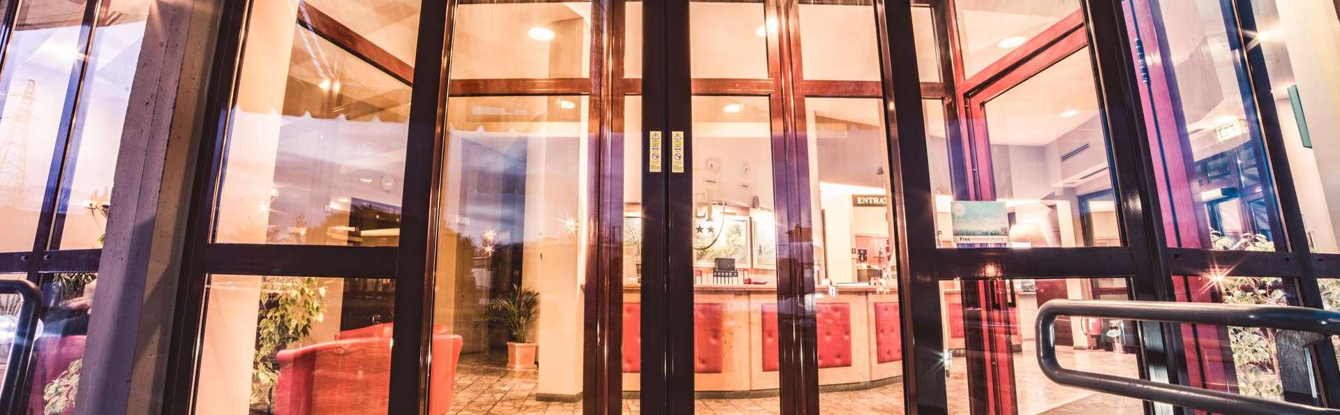 HG Hotel Europa - EDIT_FRONT_03.jpg