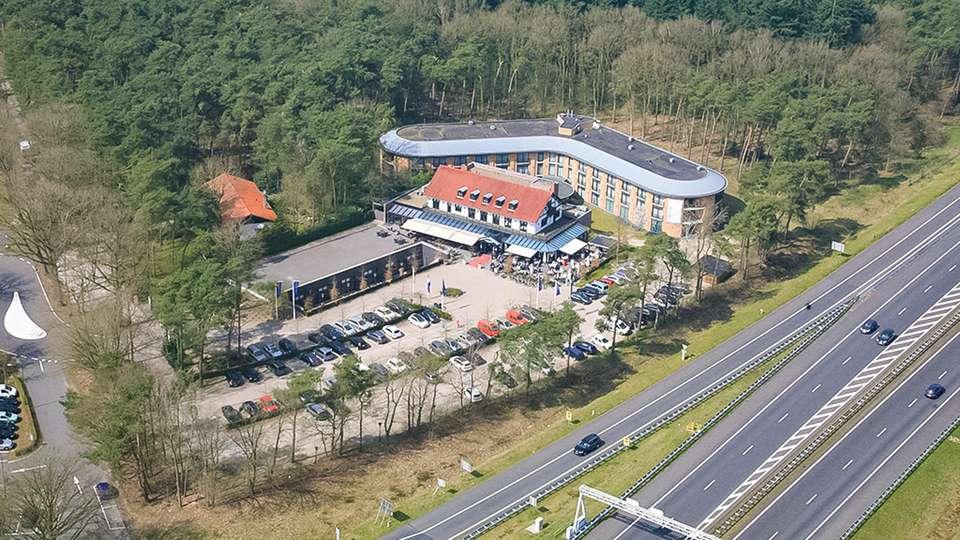 Fletcher Hotel-Restaurant Jagershorst-Eindhoven - EDIT_N4_AERIAL_01.jpg