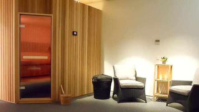 Ontspannen in de sauna en overnachten middenin een voetbalstation!