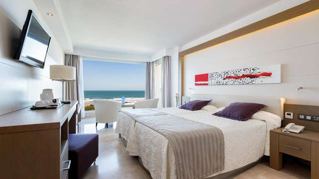 Hipotels Playa La Barrosa Adults Only