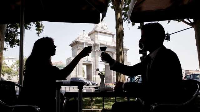 Escápate en el corazón de Madrid con desayuno incluido