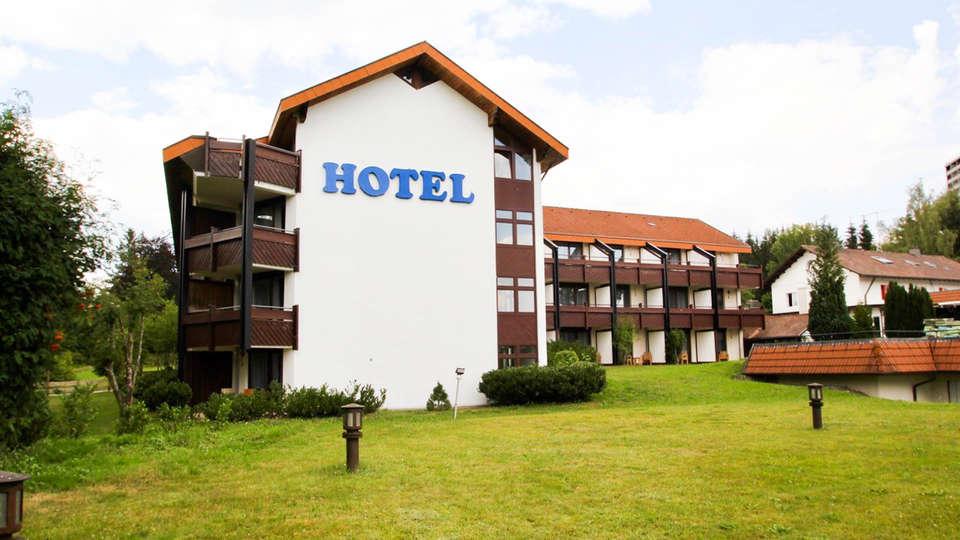 Waldhotel Luise - EDIT_FRONT.jpg