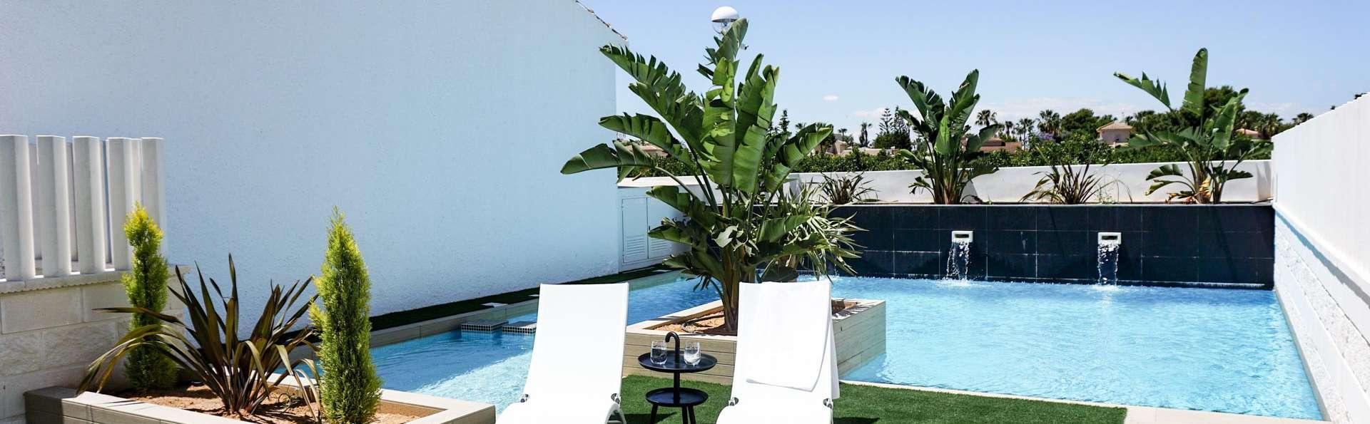 Vive una escapada inolvidable en estos apartamentos de lujo, muy cerca de Torrevieja