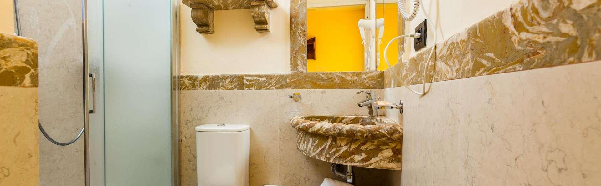 Villa Isabella Hotel e Residence - EDIT_BATHROOM_03.jpg
