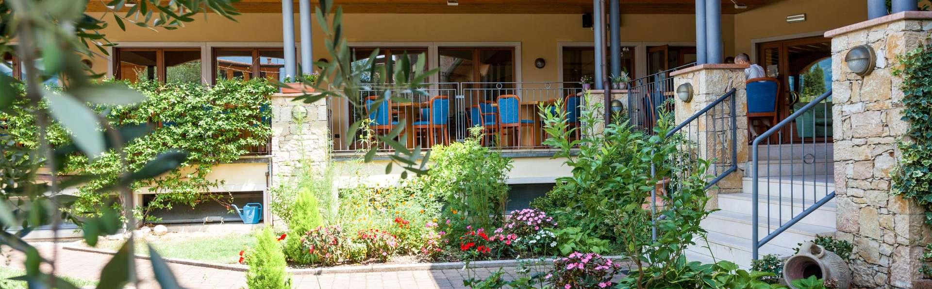 Villa Isabella Hotel e Residence - EDIT_EXTERIOR_01.jpg