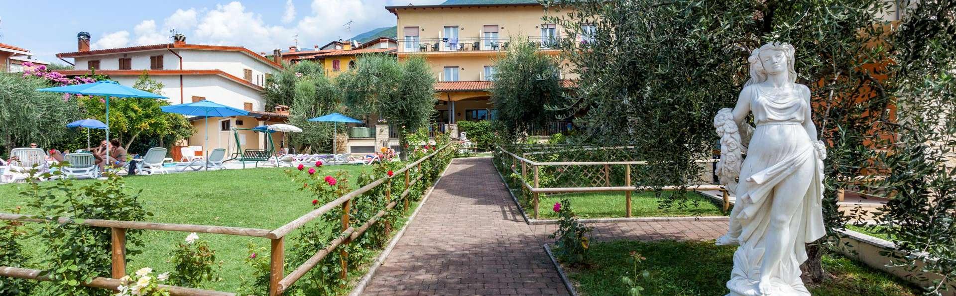Villa Isabella Hotel e Residence - EDIT_EXTERIOR_03.jpg