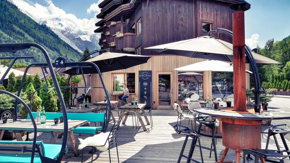 Mercure Chamonix Centre - EDIT_TERRACE_01.jpg