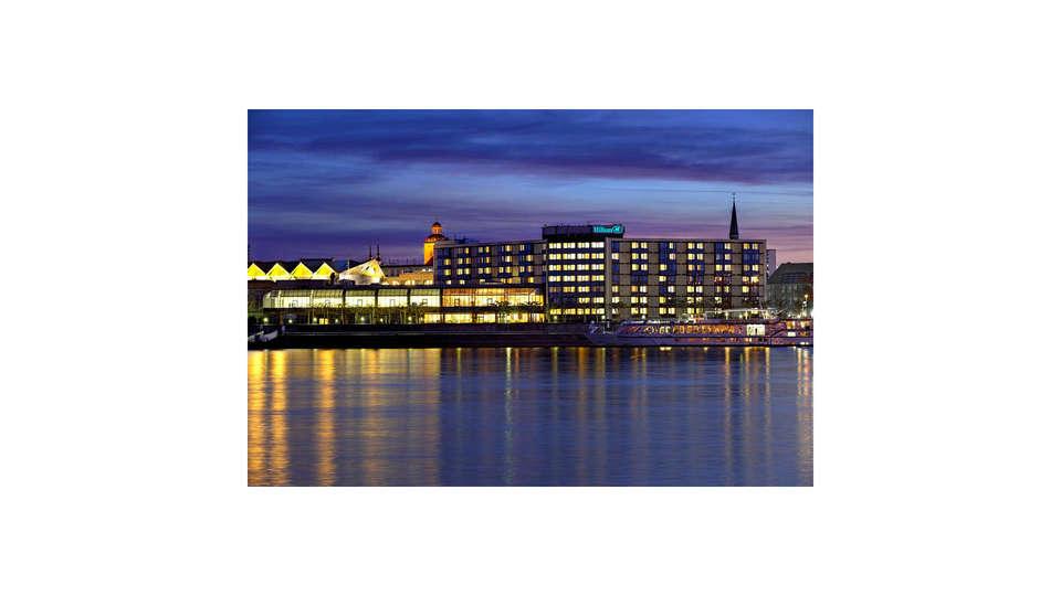 Hilton Mainz - EDIT_FRONT_01.jpg