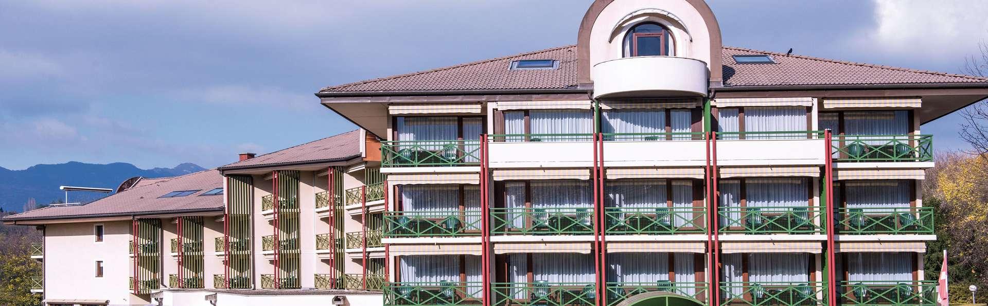 Hôtel Vacances Bleues Villa Marlioz - EDIT_Facade.jpg