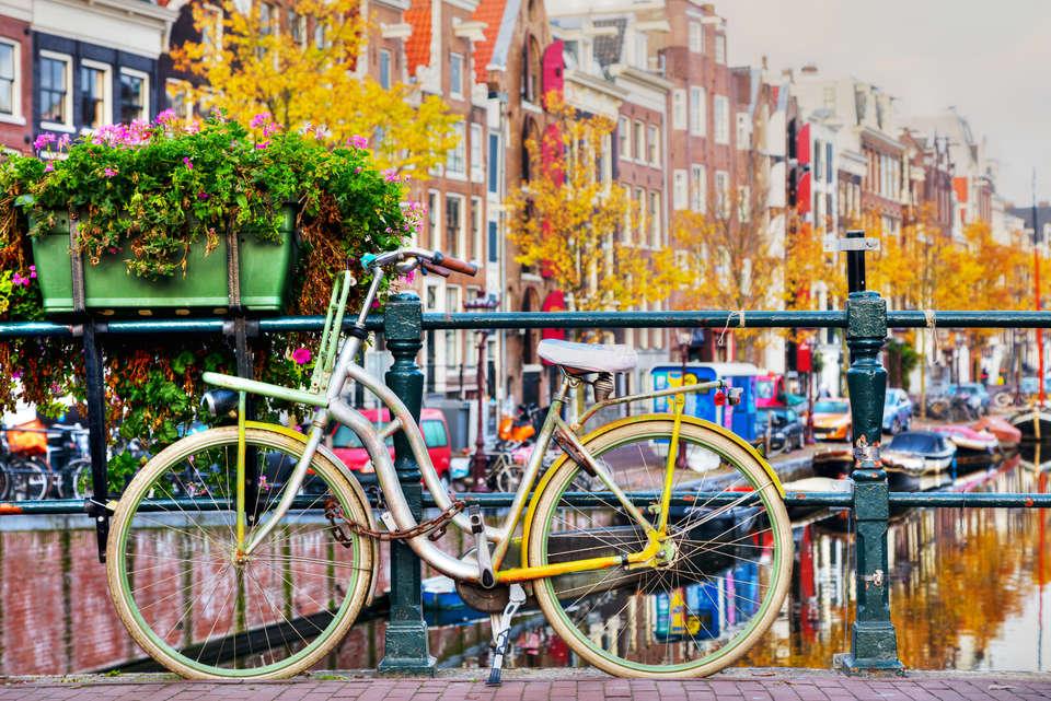Postillion Hotel & Convention Centre Amsterdam - Make_a_bike_ride.jpeg