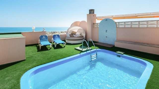 Luxe et détente: suite avec piscine privée et spa à Oliva, Valence
