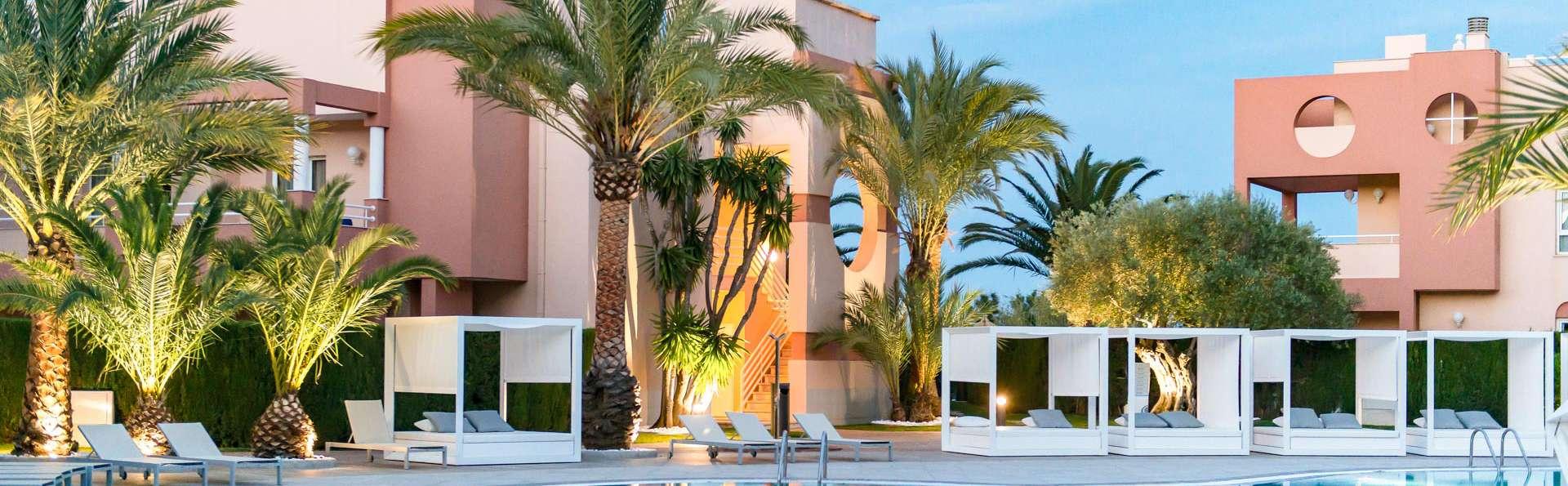 Escapada wellness: cóctel detox, spa y masaje en un resort 5* en Oliva, Valencia