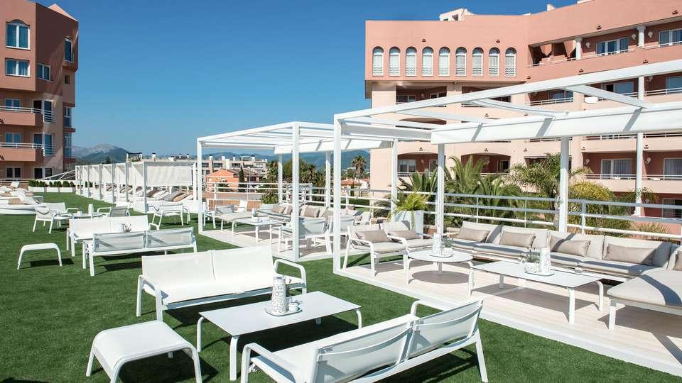 Oliva Nova Beach & Golf Hotel - EDIT_ROOFTOP_03.jpg