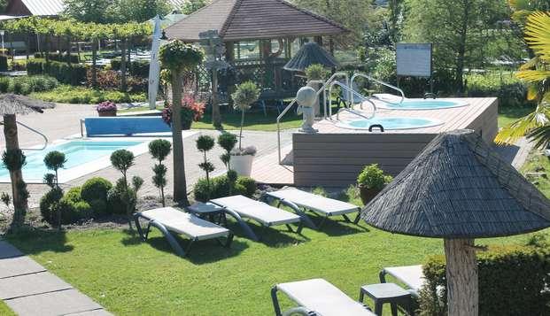 Un merecido descanso con visita a Thermen y vistas al agua desde la habitación de tu hotel