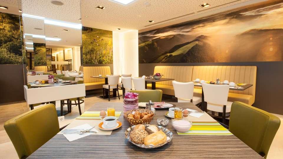 Hotel Du Commerce - EDIT_NEW_BREAKFAST_01.jpg