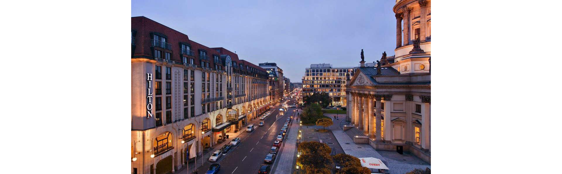 Hilton Berlin - EDIT_VIEW_01.jpg
