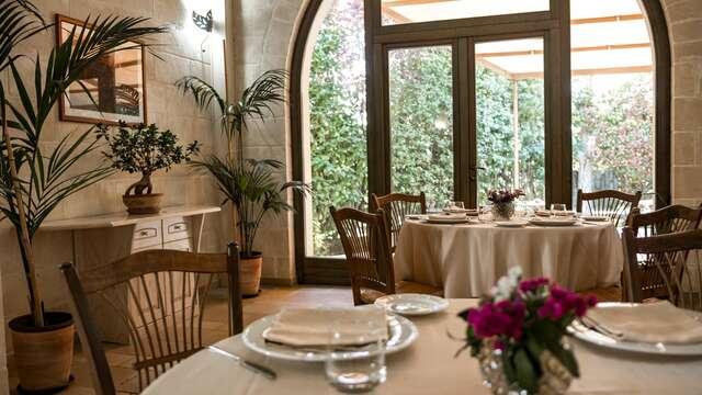 Invitación a una cena en un <i>trullo<i> en Apulia (desde 2 noches)