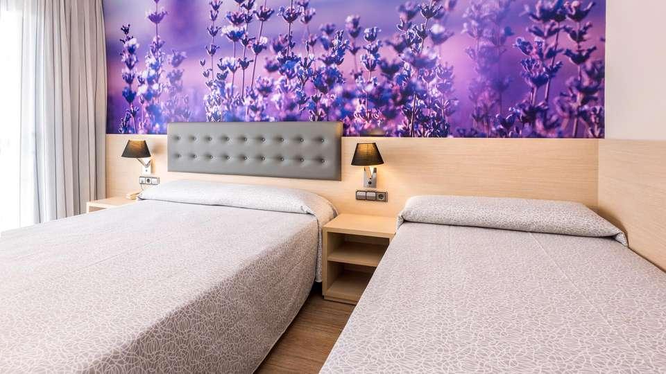 Hotel Tropic Park - EDIT_NEW_ROOM_01.jpg