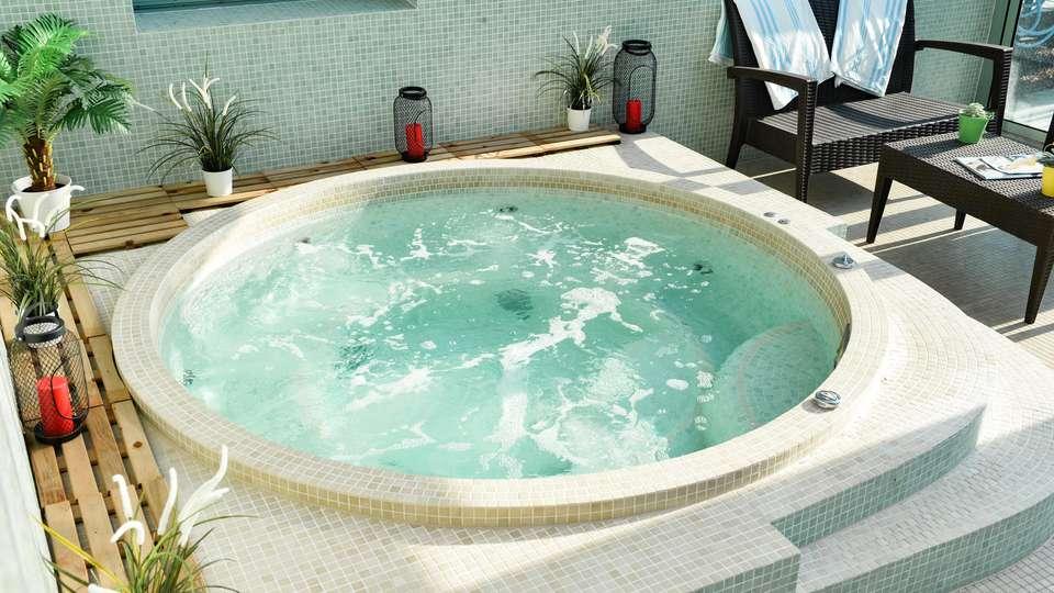 Best Western Golf Hotel Lacanau - EDIT_SPA_02.jpg