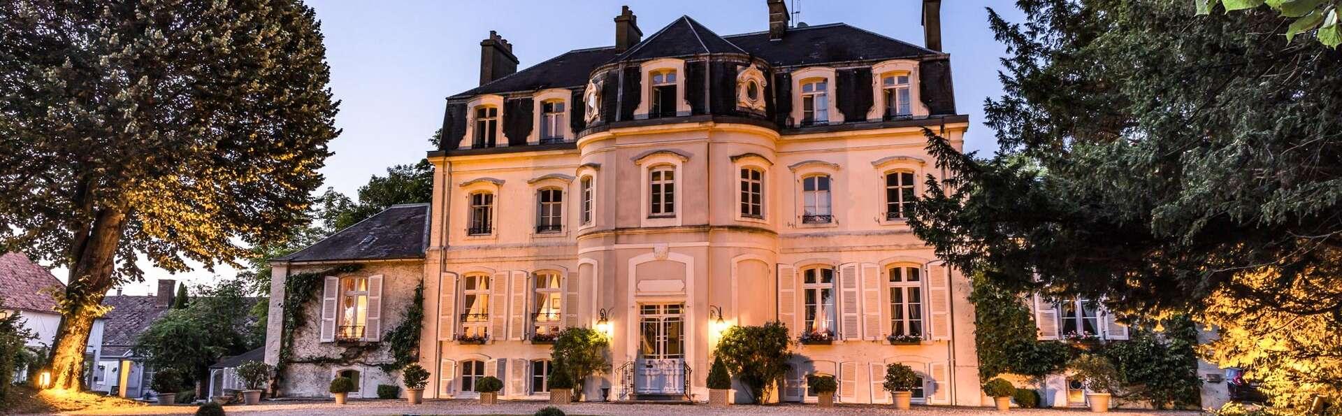 Romantisme et gourmandises avec dîner semi-gastronomique au Château (à partir de 2 nuits)
